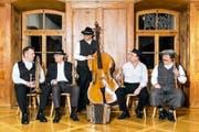 Die Bauernmusik Altdorf mit (von links): Patrik Stadler, Erich Herger, Peter Gisler, Hanspeter Wigger und Sepp Wipfli. (Bild F.X. Brun)