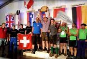 Die österreichische Herrenmannschaft feiert ausgelassen. (Bild: Geri Holdener, Bote der Urschweiz)