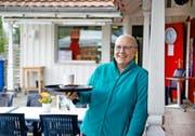 Im vergangenen Herbst kam die Diagnose Brustkrebs: Heidi Moser in ihrem Reich, dem Badibeizli in Sachseln am Sarnersee. (Bild Corinne Glanzmann)