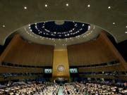 Die UNO-Vollversammlung in New York hat Russland die Wiederwahl in den UNO-Menschenrechtsrat verwehrt. (Archivbild) (Bild: Keystone/AP/RICHARD DREW)