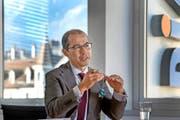 CEO Nikolai Dittli in seinem Büro am Concordia-Hauptsitz in der Stadt Luzern. (Bild Nadia Schärli)