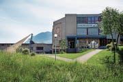 Schulhaus Morgenstern in Ennetmoos fotografiert am 16. Mai 2017. Mängel, schadhafte Stellen, (Bild: Corinne Glanzmann (Ennetmoos, 16. Mai 2017))