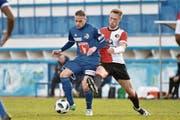 Erzielte ein Traumtor im Testspiel: Der 19-jährige Luzerner Stefan Wolf (links), hier im Duell mit dem Feyenoord-Spieler Nicolai Jorgensen. (Bild: Martin Meienberger/Freshfocus (Marbella, 13. Januar 2018))