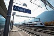 Am Bahnhof Altdorf halten bald mehr Züge. (Bild: Urs Hanhart (15.3.17))
