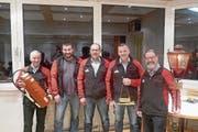 Die Geehrten: (von links) Kurt Gisler, Mario Jauch, Peter Jauch, Michael Zgraggen und Kari Leutenegger. (Bild: PD (Silenen, 2. Februar 2018))