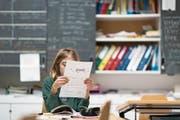 Nid- und Obwaldner Oberstufenschüler dürfen ihr Französisch in der Romandie aufbessern. (Bild: Keystone/Gaetan Bally)