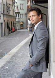Das «Arbeitsgewand» von Michael Iten ist nunmehr ein Anzug mit Krawatte. Der Kleiderwechsel ist ihm nicht so leichtgefallen, da er im Judo viel erreicht hat. (Bild Maria Schmid)