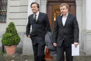 Ignaz Walker (rechts) und dessen Anwalt Linus Jaeggi nach der Urteilsverkündung am Montag. (Bild: Keystone/Urs Flüeler)