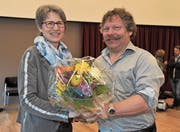 Emmy Gerig, Vertreterin im Erziehungsrat, und Präsident Sepp Wipfli. (Bild: Urs Hanhart (Altdorf, 14. März 2018))