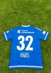 Das neue Heimtrikot des FC Luzern (Rückseite). (Bild: Roger Grütter / Neue LZ)