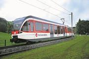 Eine S-Bahn-Komposition der Zentralbahn bei Oberdorf. (Archivbild: Corinne Glanzmann)