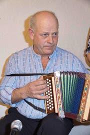 «Axiger Sepp» war ein bekannter Schwyzer- örgelispieler. (Bild Franz Imholz)