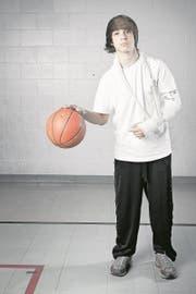 Auch nach Verletzungen kann bei activdispens dank speziellen Übungen am Schulsport teilgenommen werden. (Symbolbild:_ iStockphoto)
