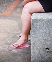 Langer Leidensweg: Frauen mit Lipödem können nichts dafür, dass ihr Körper unförmig wird. (Bild: iStock)