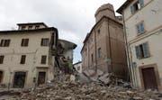 Eingestürzte Häuser in Camerino. (Bild: Alessandra Tarantino / AP)