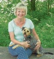 Hund Bobby spielt im Erstlingswerk von Marie-Louise Hunkeler die zentrale Rolle. (Bild: PD)