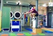 Szene aus dem Video. (Bild: Instagram/Max Heinzer)