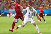 Bestritt 22 Partien für Portugals Nationalteam: Ricardo Costa (links) bei der WM 2014 in Brasilien gegen Clint Dempsey (USA). (Bild: Getty/Adam Pretty)