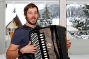 Der 31-jährige Volksmusiker Fränggi Gehrig hat im Kanton Uri viel Popularität erlangt. (Bild: Florian Arnold (Andermatt, 18. Januar 2018))