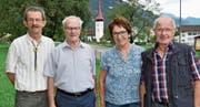 Schützenmeister Kaspar Gisler mit den Siegern Ruedi Fäh, Karin König und Werner Epp (von links). Ebenfalls gewonnen hat Werner Gamma. (Bilder: Georg Epp (Seedorf, 21. August 2017))