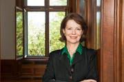 «Eine Rede muss immer etwas Persönliches enthalten»: Lesley Stephenson trainiert auch Manager in der Kunst der Rhetorik. (Bild Charles Seiler)