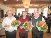 Seit 50 Jahren aktive Musikanten (von links): Ruedi Abächerli (Musikgesellschaft Giswil), Peter Würsch (Musikgesellschaft Emmetten) und Alois Gander (Feldmusik Beckenried). (Bild: Kurt Liembd (Alpnach, 10. März 2018))