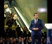Die Regierungspartei La République en Marche hat gestern den Macron-Vertrauten Christophe Castaner zu ihrem Vorsitzenden gewählt. (Bild: Laurent Cipriani/AP (Lyon, 18. November 2017))