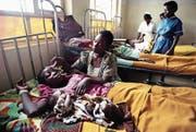 Eine Ansteckung mit HIV bei der Geburt lässt sich heute durch Medikamente verhindern. (Bild: Karen Kasmauski/Getty (Kitovu, Uganda))