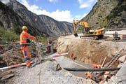 Im Bereich der Bäzkehren wird zurzeit eine neue Unterführung für den Langsamverkehr gebaut. (Bild Urs Hanhart)