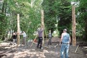 Wegen des neuen Forstwerkhofes musste auch der Vitaparcours verlegt werden. (Bild: Robert Hess (Alpnach, 12. Juli 2017))
