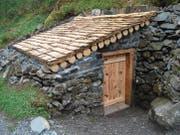 Dieser «Nytler» am Weg zur Alp Äsch in Unterschächen ist renoviert worden und erstrahlt seit Ende 2017 in neuem Glanz. (Bild: PD (Unterschächen, Herbst 2017))
