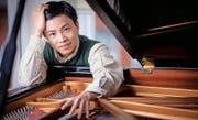 Wurde von Alfred Brendel als «Wunderkind» gefeiert und gefördert: der mathematisch hoch begabte amerikanische Pianist Kit Armstrong. (Bild: PD)