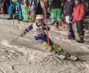 Der Urner Nachwuchsfahrer Fabian Kempf (SC Attinghausen) im Kampf mit den Slalomstangen. (Bild: PD)