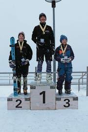 Das Podest der Knaben mit Mika Marty, Andrin Mathis, Dominik Scheuber (von links). (Bild: PD)