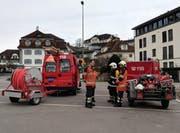 Die Merlischacher Kollegen hätten nötigenfalls eine Transportleitung erstellt. (Bild: Geri Holdener, Bote der Urschweiz)
