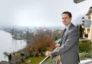 Den Kanton im Blick: SVP-Kandidat Martin Zimmermann daheim in Ennetbürgen. (Bild Corinne Glanzmann)