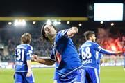 FCL-Verteidiger Tomislav Puljic zeigt seine Freude nach dem 2:1-Siegtreffer.Bild: Philipp Schmidli (Luzern, 20. November 2016)