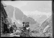 Käse wurde in Uri Anfang des 20. Jahrhunderts fast nur auf der Alp hergestellt. Sennen im Erstfeldertal um 1910. (Bild Staatsarchiv Uri/Sammlung Aschwanden)