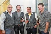 Das OK mit Heinz Gerig, Robi Arnold, Klaus Infanger und Michi Infanger (von links) freut sich über die gelungene Chäppäli-Chilbi. (Bild: Martin Walker (Flüelen, 13. und 14. Januar 2018))