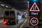 Zweite Röhre oder nicht? Die Zukunft am Gotthard wird nach wie vor kontrovers diskutiert. (Bild: Keystone/Gaetan Bally)