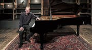 Pianist Adrian Oetiker gastierte am Freitag im Chäslager. (Bild: Markus Frömml)