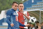 Yannick Schmid (links) im Duell mit Jens Toornstra von Feyenoord Rotterdam. (Bild: Martin Meienberger/Freshfocus (Marbella, 13. Januar 2018))