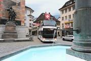 Mit dem Tellbus sparen Pendler täglich viel Zeit. Bild: Urs Hanhart (Altdorf, 23. September 2016)