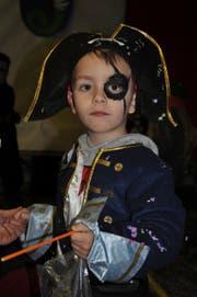 Macht der kleine Pirat wohl den Lungerersee unsicher?