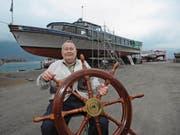 Ferdi Kaufmann hat seine beiden Schiffe verkauft. Sie sollen bald wieder mit Gästen an Bord auslaufen. (Bild: Urs Hanhart (Flüelen, 7. Februar 2018))