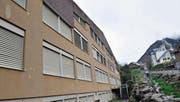 Das Oberstufenschulhaus Schiesshausmatt in Bürglen muss dringend saniert werden. (Bild: Archiv UZ (Bürglen, 13. April 2016))