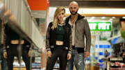 Der Mafioso (Alessandro Borghi) aus Ostia mit seiner Freundin. (Bild: hollywoodreporter.com)