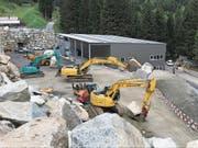 Die Einnahmen des 2017 neu eröffneten Steinbruchs Standel sorgen für ein positives Budget der Korporation Uri. (Bild: PD (Wassen, 20. Mai 2017))