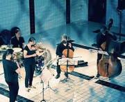 Das Ensemble Klangcombi bei einem der Auftritte in seinem Stammlokal, dem Neubad in Luzern. (Bild: Archiv LZ)