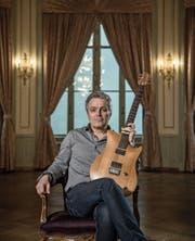 Richard Koechli: «Als Sänger entblösst man sich viel mehr als mit der Gitarre.» (Bild: Pius Amrein (Schweizerhof Luzern, 6. März 2018))
